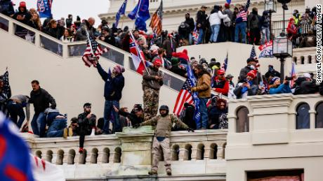 Prosecutors allege Oath Keepers leader and Proud Boys coordinated before Capitol attack