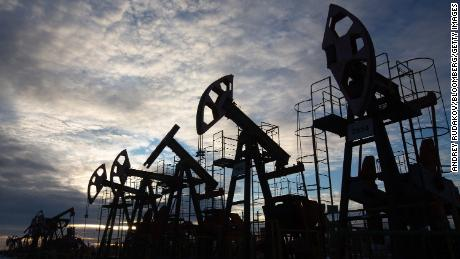 Oil company ads should carry a climate health warning, say activists