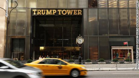 Mueller fraud investigator brought in to help Vance's probe of Trump Org.