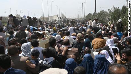 ISIS terror threat forces US military to establish alternate routes to Kabul airport